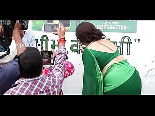 indian mom in green saree