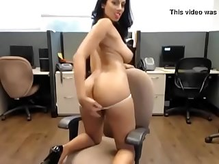 Rosey Rose - Guyanese Princess Shows Off Her Pussy