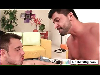 Bearded hunk gets fine asshole fucked by ohthatsbig