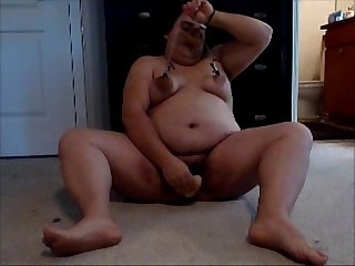Nasty fat pig fucks her hairy pussy for..