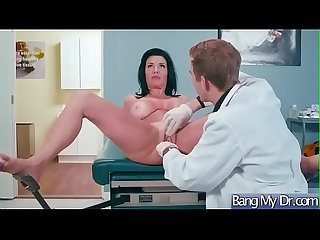 Hardcore Sex Adventure With Doctor And Patient (Veronica Avluv) vid-30