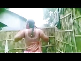 Indian Mallu bhabi show boobs and pussy part-1