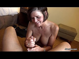 Country MILF takes big facial