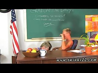 Download gay sex images mobile version It's graduation day and Taylor