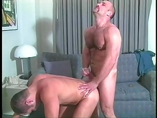 Hot muscled cop fucking a horny stud